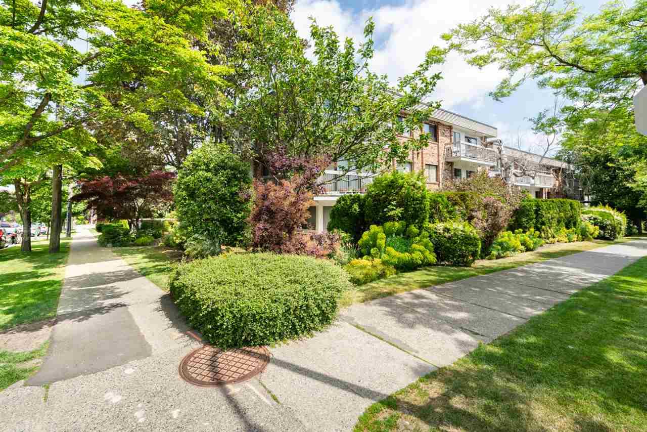 Buliding: 2080 Maple Street, Vancouver, BC