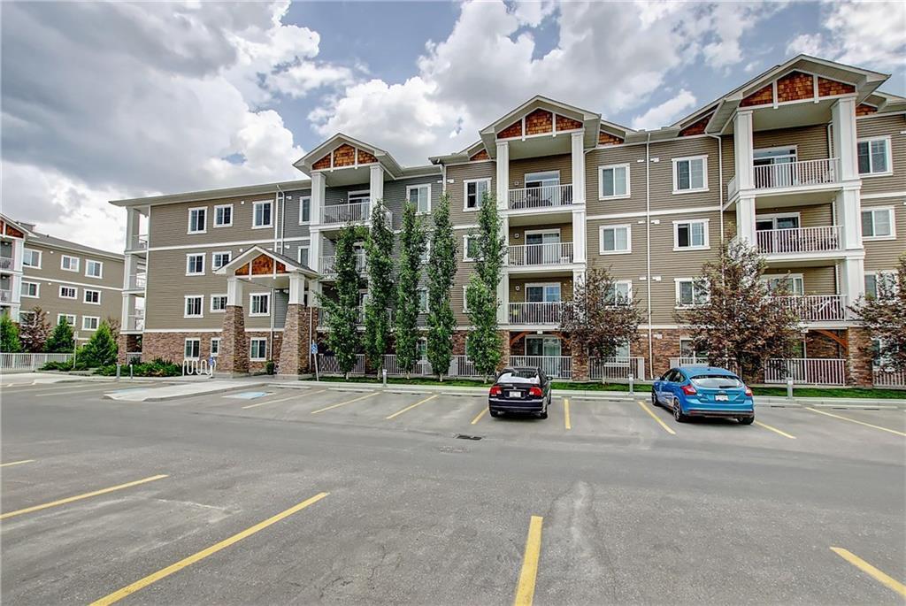 Buliding: 406 Cranberry Park Southeast, Calgary, AB