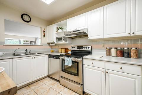 Condo for sale at 5250 Victory St Unit 108 Burnaby British Columbia - MLS: R2416809
