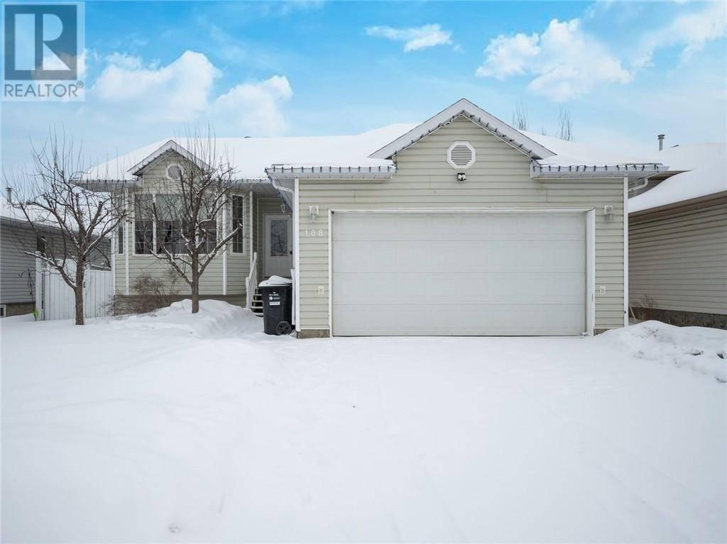 House for sale at 108 Boisvert Pl Fort Mcmurray Alberta - MLS: fm0188806