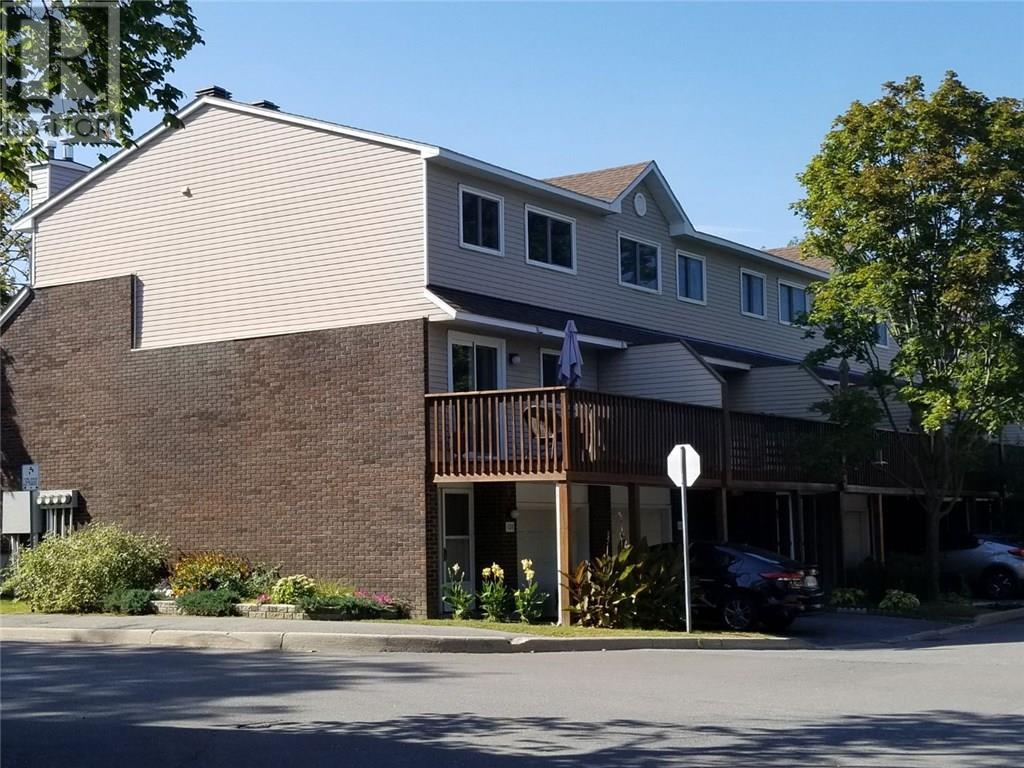 Removed: 108 Esterlawn Private, Ottawa, ON - Removed on 2019-11-12 06:51:03