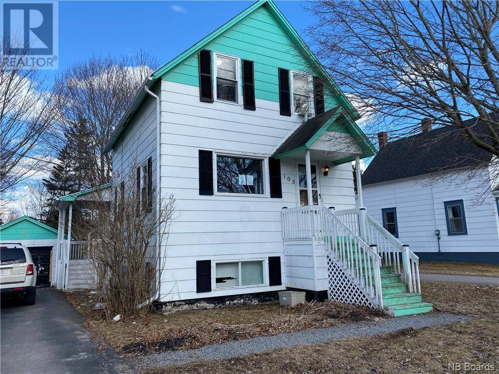 House for sale at 108 Magnolia Ave Sussex New Brunswick - MLS: NB042809