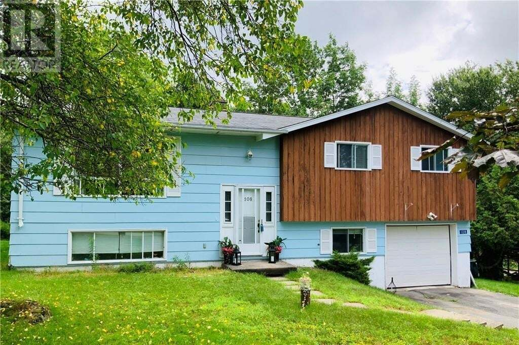 House for sale at 108 Nottingham Dr Quispamsis New Brunswick - MLS: NB046315