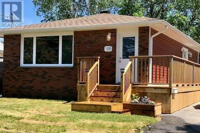 House for sale at 108 Strathcona Dr North Bay Ontario - MLS: 266700