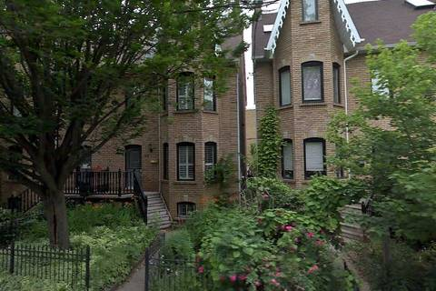 Townhouse for rent at 108 Sussex Ave Toronto Ontario - MLS: C4690284
