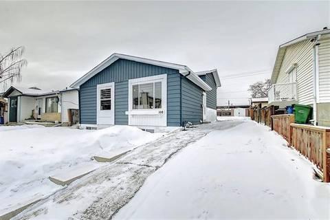 House for sale at 108 Whitaker Cs Northeast Calgary Alberta - MLS: C4281730