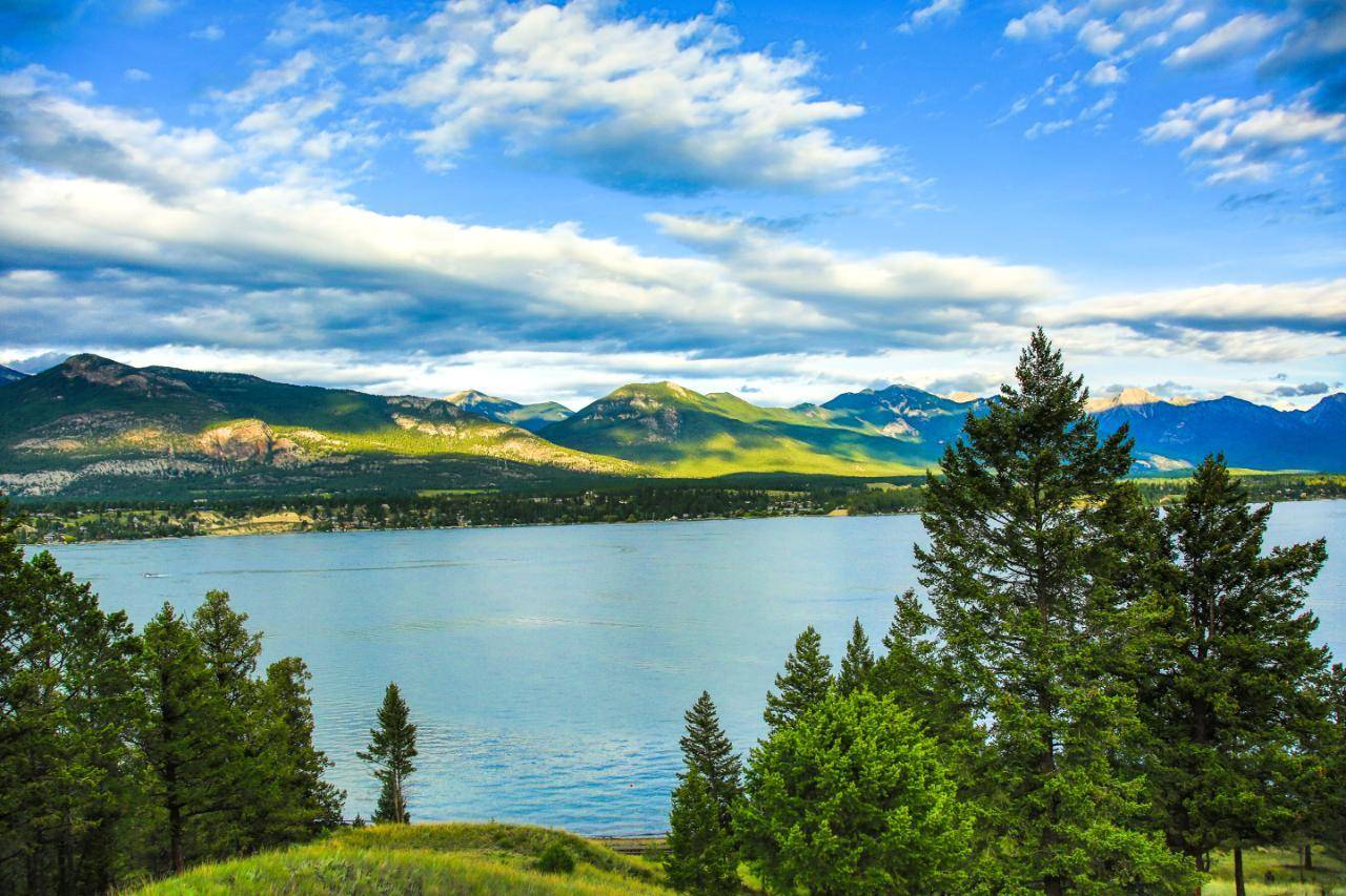 House for sale at 1080 Westside Road  Invermere Rural British Columbia - MLS: 2451170