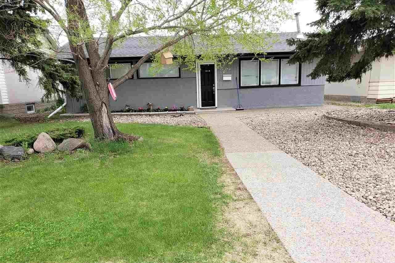 House for sale at 10815 136 Av NW Edmonton Alberta - MLS: E4198713