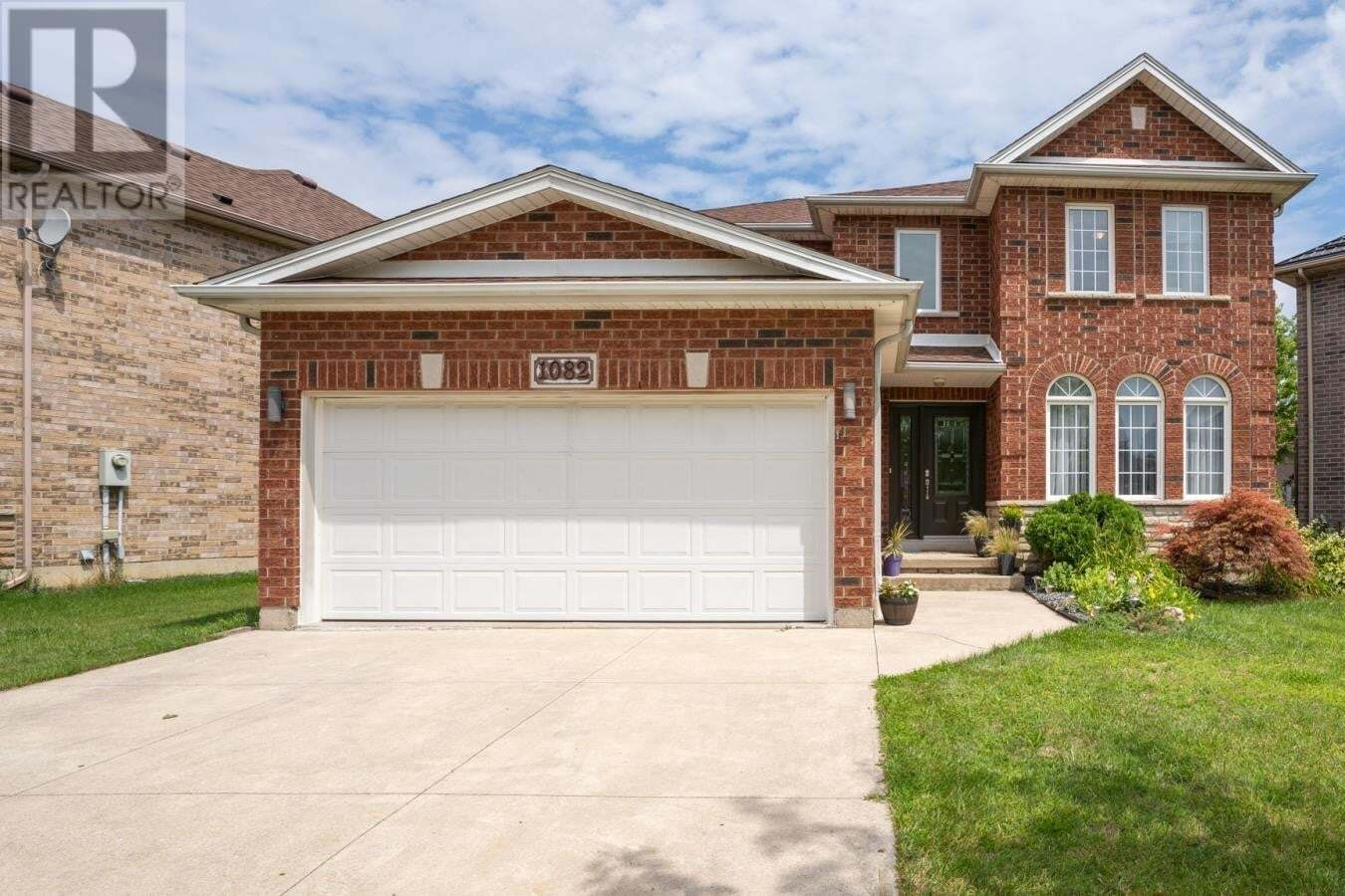 House for sale at 1082 Whistler  Windsor Ontario - MLS: 20011949