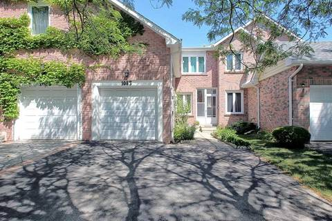 Townhouse for sale at 1083 Runnymead Cres Oakville Ontario - MLS: W4547648
