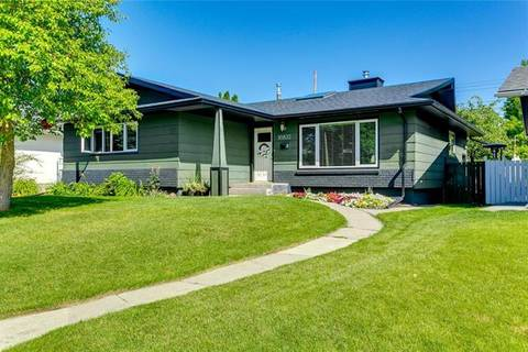 House for sale at 10832 Mapleford Rd Southeast Calgary Alberta - MLS: C4266162