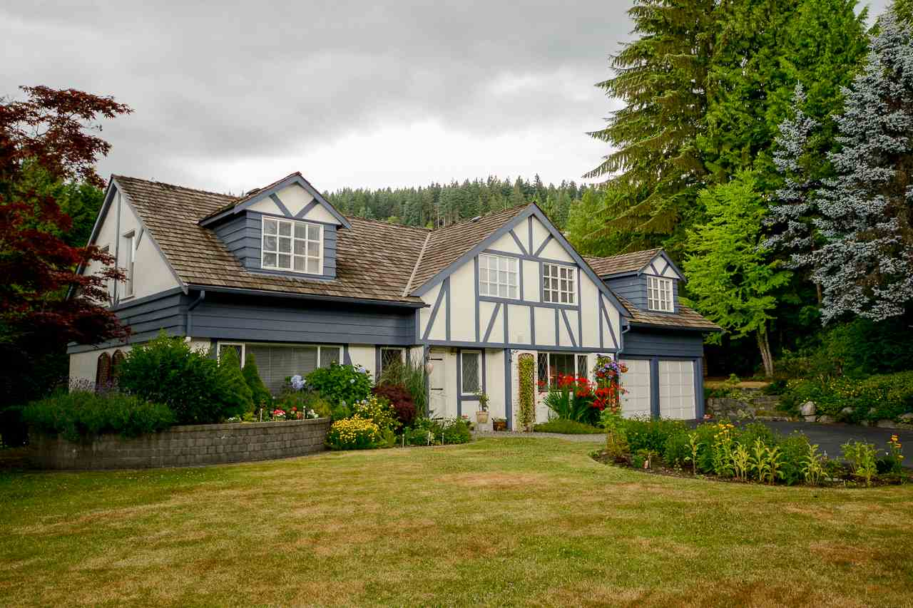 Removed: 1084 Eyremount Drive, West Vancouver, BC - Removed on 2017-11-02 05:08:20