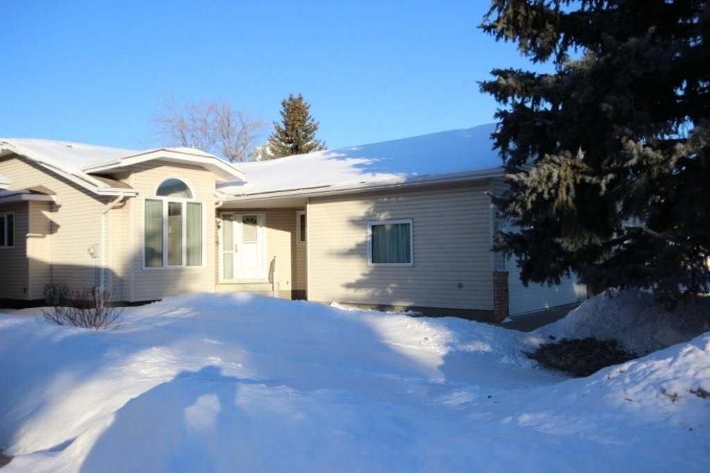 Townhouse for sale at 10864 25 Av NW Edmonton Alberta - MLS: E4216088