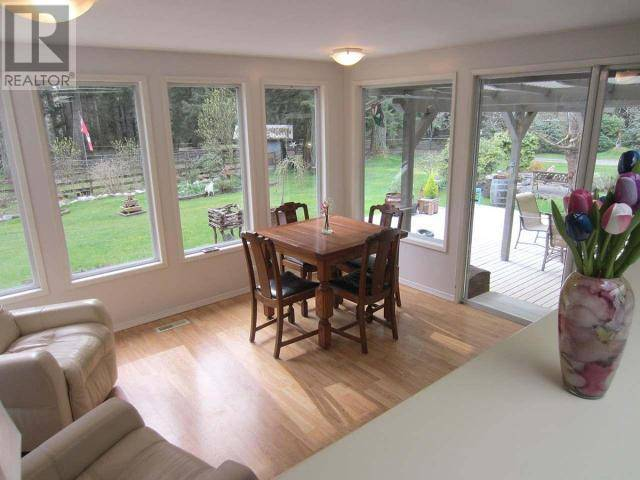 10868 Kennedy Road, Powell River | Image 2