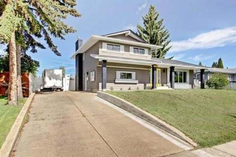 House for sale at 1087 Acadia Dr Southeast Calgary Alberta - MLS: C4300000