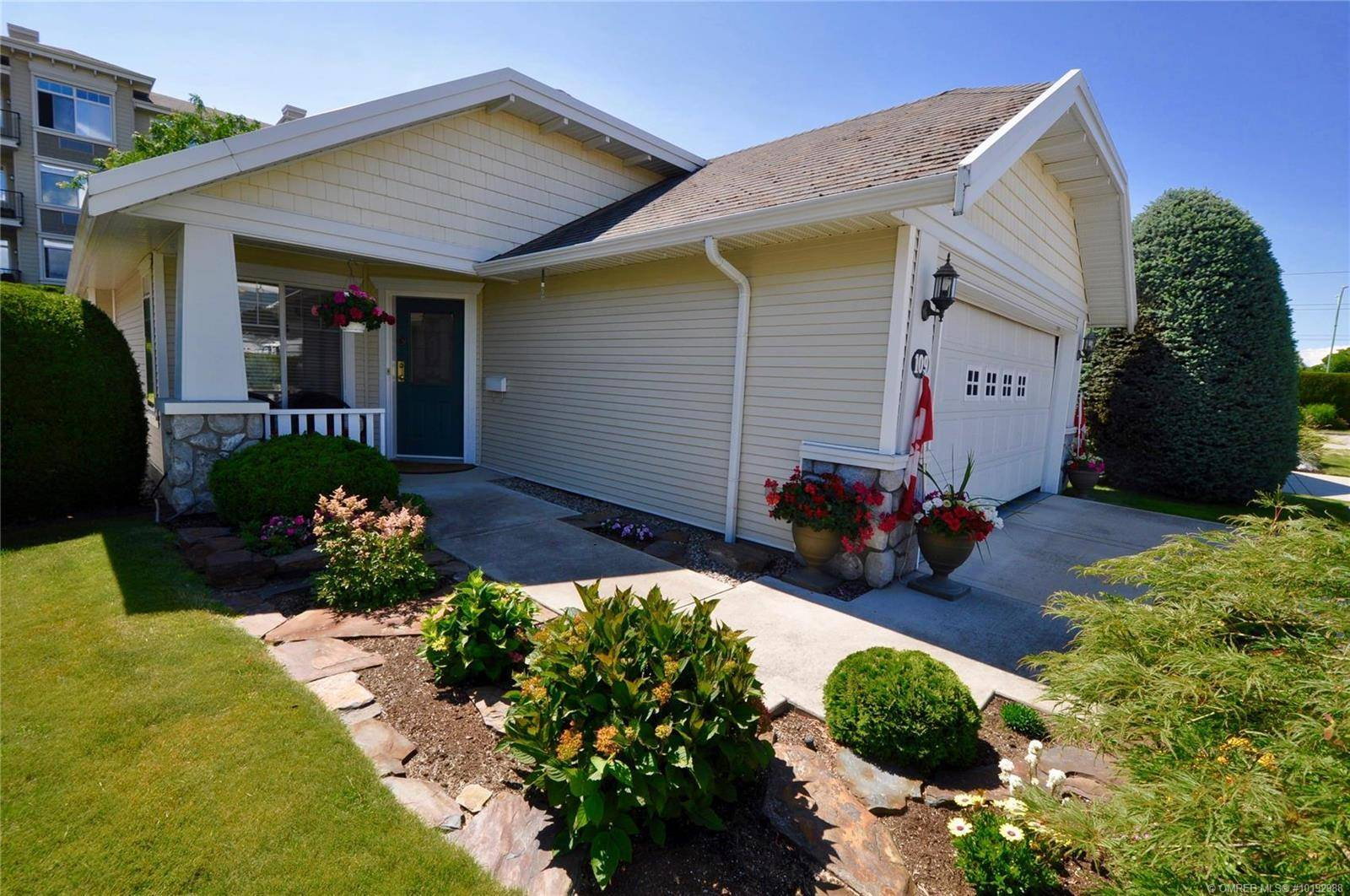 Townhouse for sale at 1330 Ridgeway Dr Unit 109 Kelowna British Columbia - MLS: 10192988