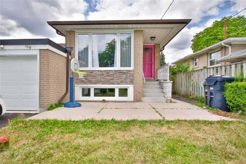 Townhouse for rent at 109 Baltray Cres Toronto Ontario - MLS: C4823301