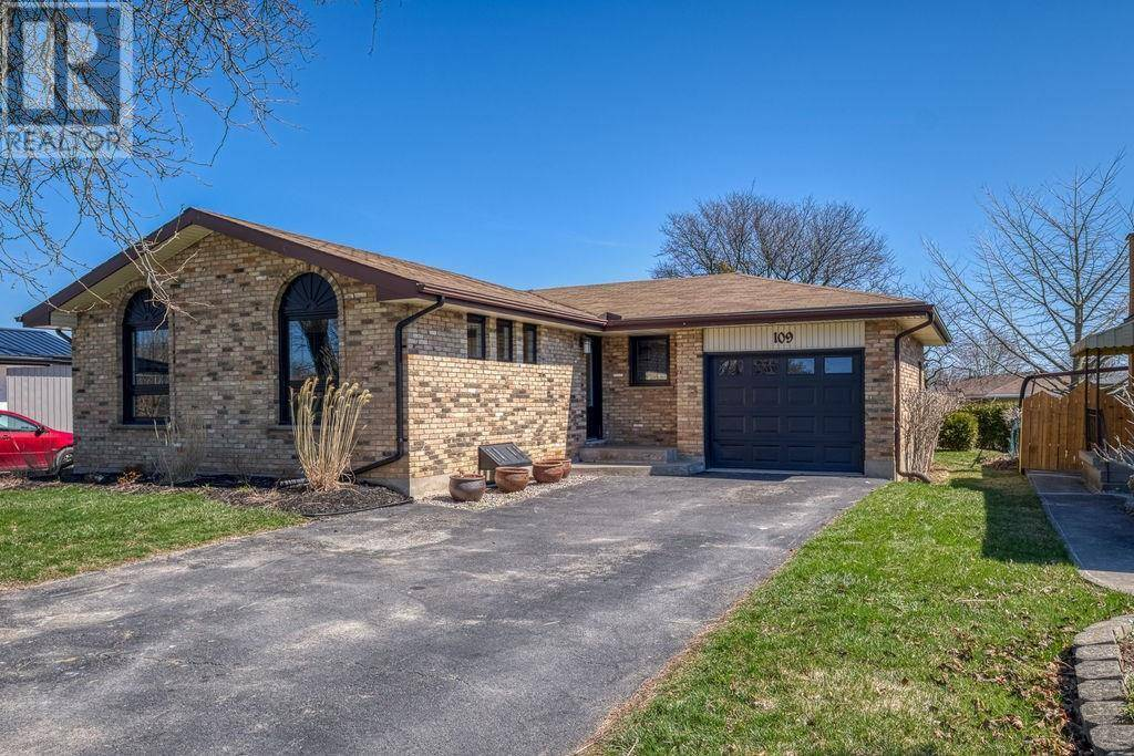 House for sale at 109 Brier Park Rd Brantford Ontario - MLS: 30801460