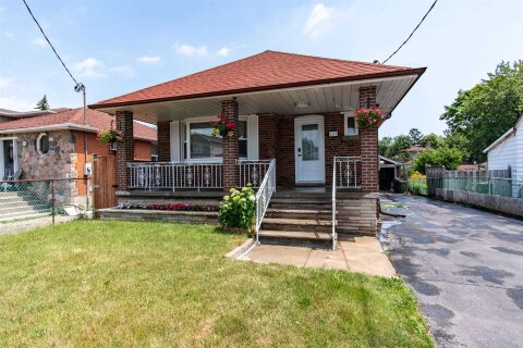 House for sale at 109 Commonwealth Ave Toronto Ontario - MLS: E5085873