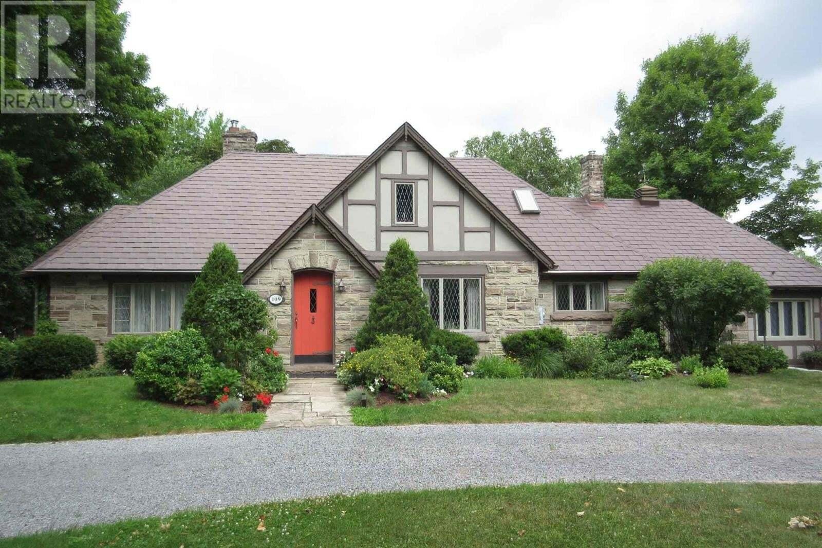 House for sale at 109 Bridge St West Napanee Ontario - MLS: K20005845