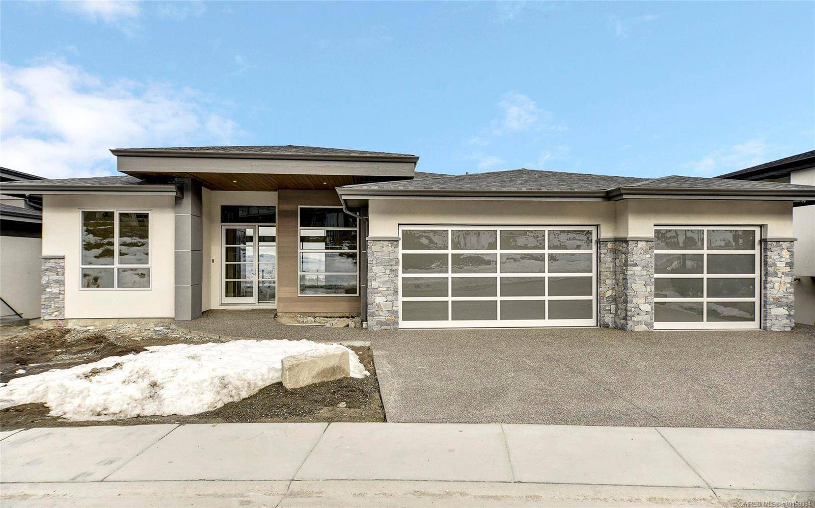 House for sale at 1090 Ledgeview Ct Kelowna British Columbia - MLS: 10199394
