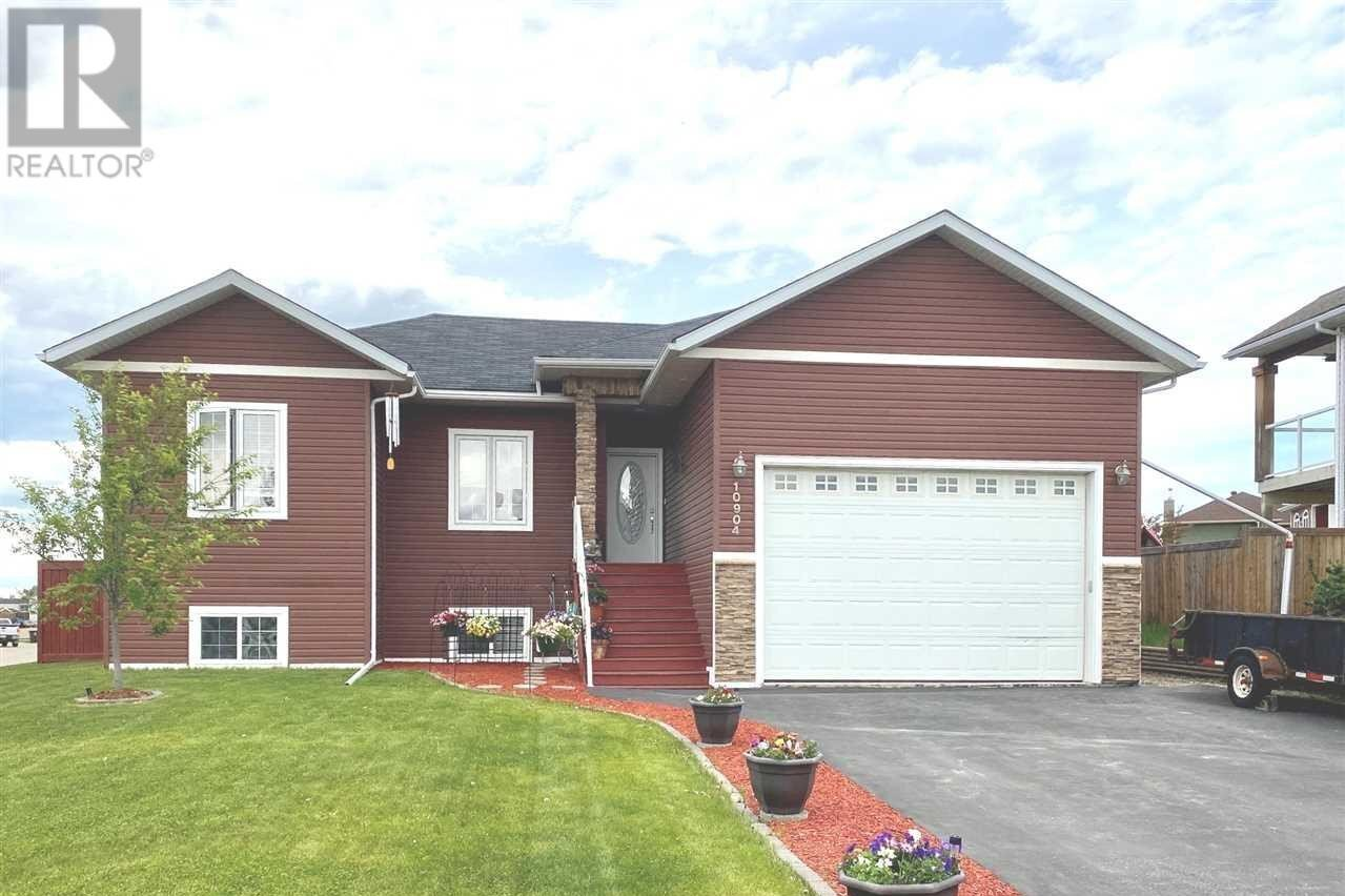 House for sale at 10904 88 St Fort St. John British Columbia - MLS: R2423769