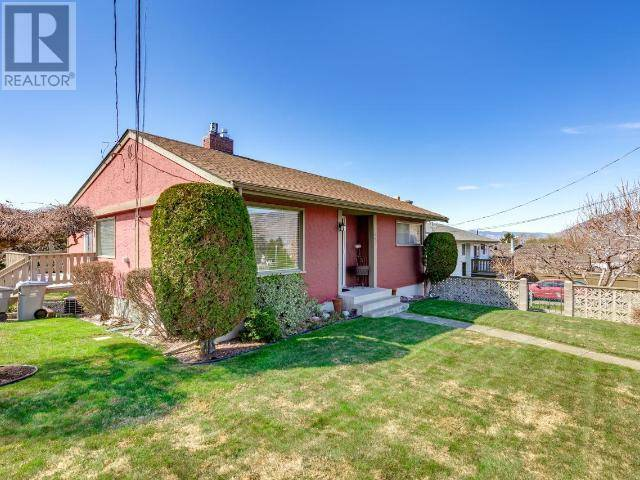 House for sale at 1092 8th Ave  Kamloops British Columbia - MLS: 156008