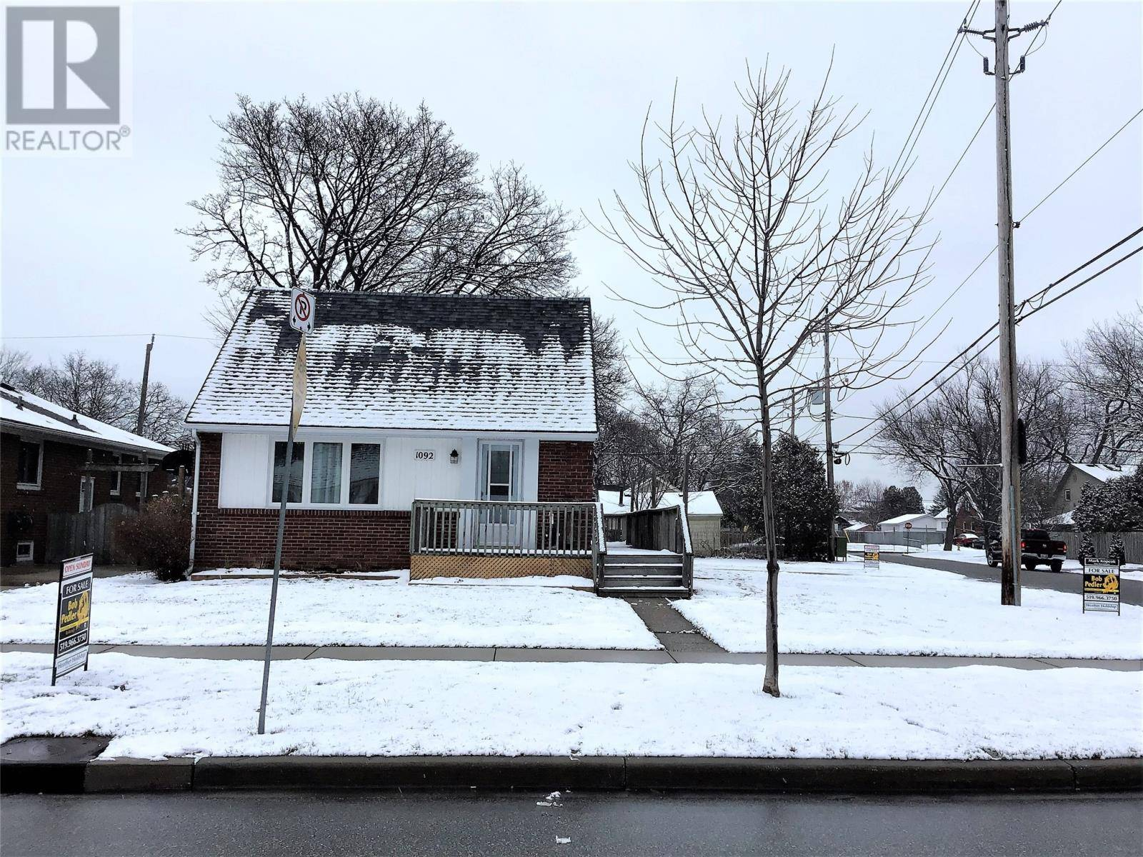 House for sale at 1092 Esdras  Windsor Ontario - MLS: 20001835