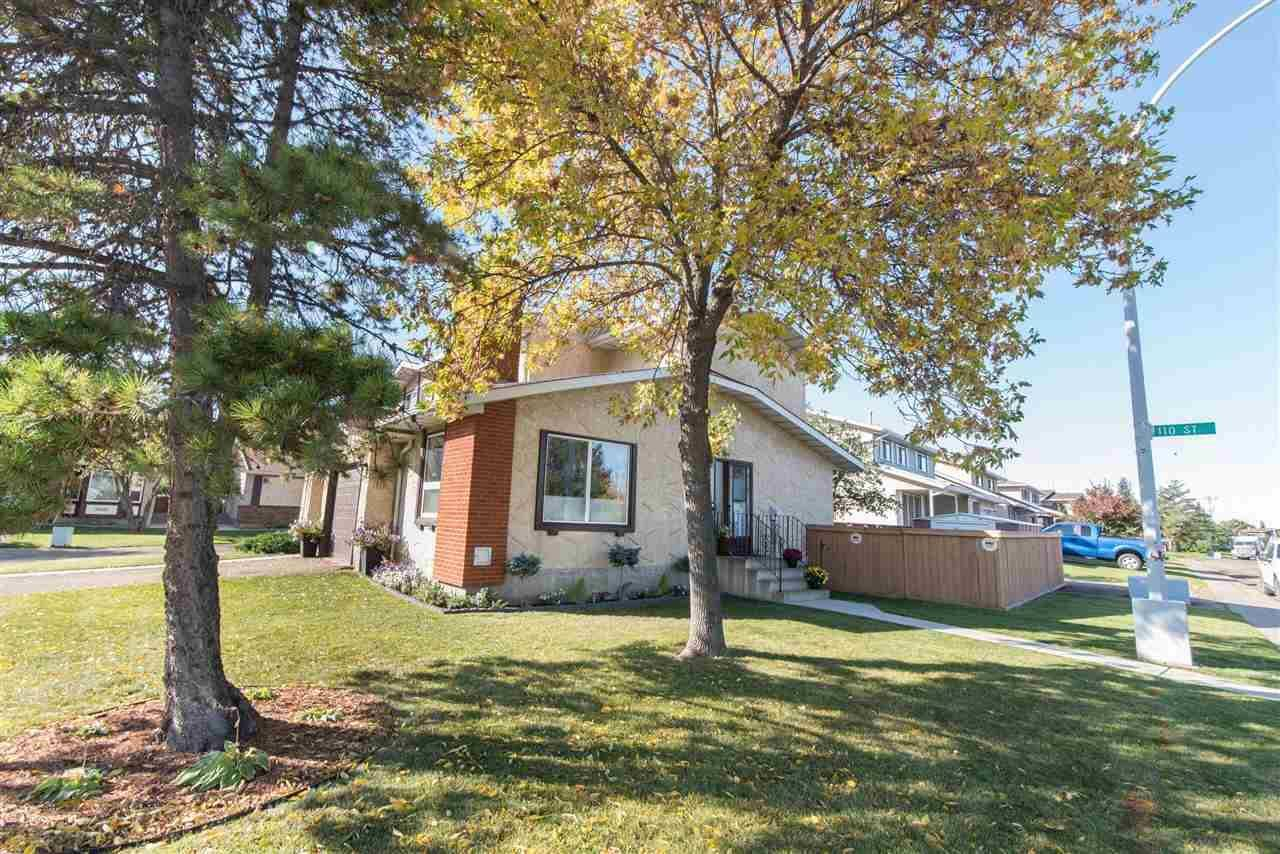 Townhouse for sale at 10933 162a Ave Nw Edmonton Alberta - MLS: E4174851