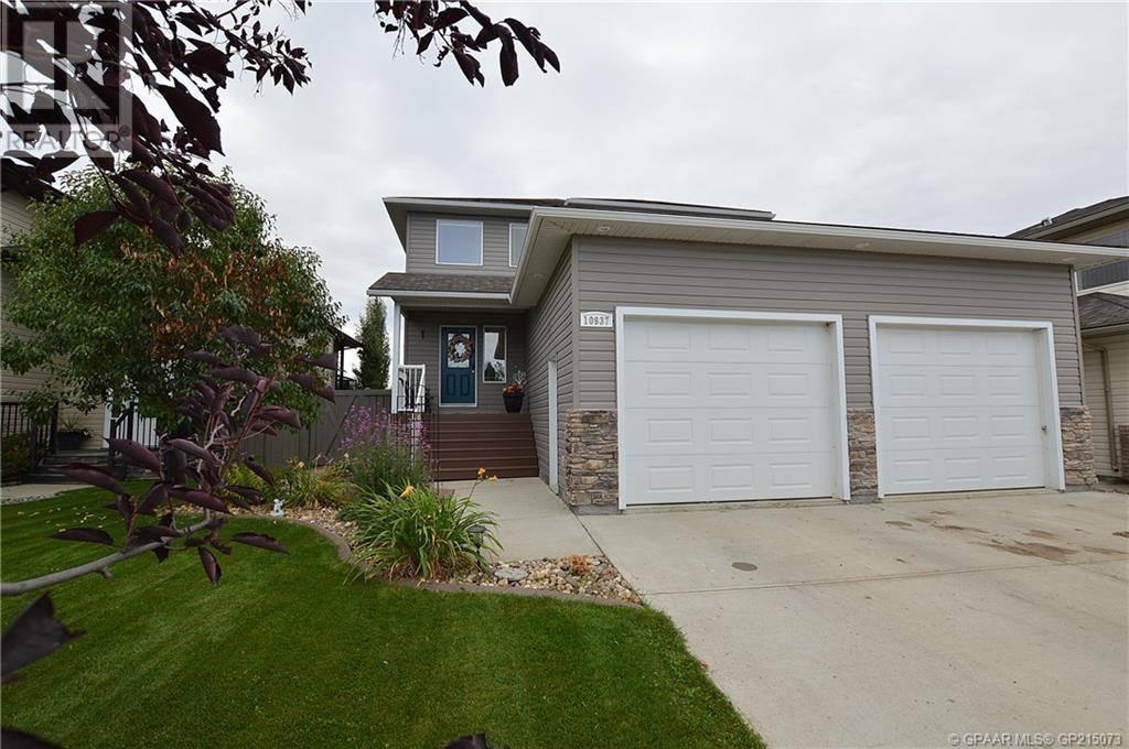 House for sale at 10937 65 Ave Grande Prairie Alberta - MLS: GP215073