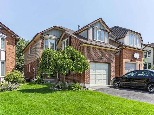 House for sale at 1094 Longbow Drive Pickering Ontario - MLS: E4244620