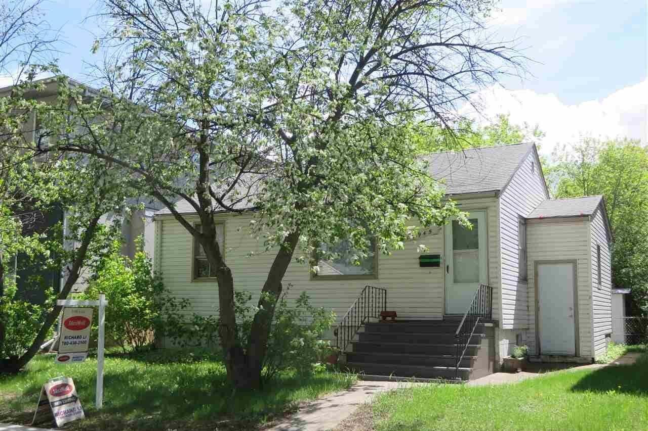 House for sale at 10945 73 Av NW Edmonton Alberta - MLS: E4199114