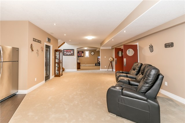 For Sale: 1095 Dalkab Crescent, Innisfil, ON | 2 Bed, 6 Bath House for $1,899,000. See 17 photos!