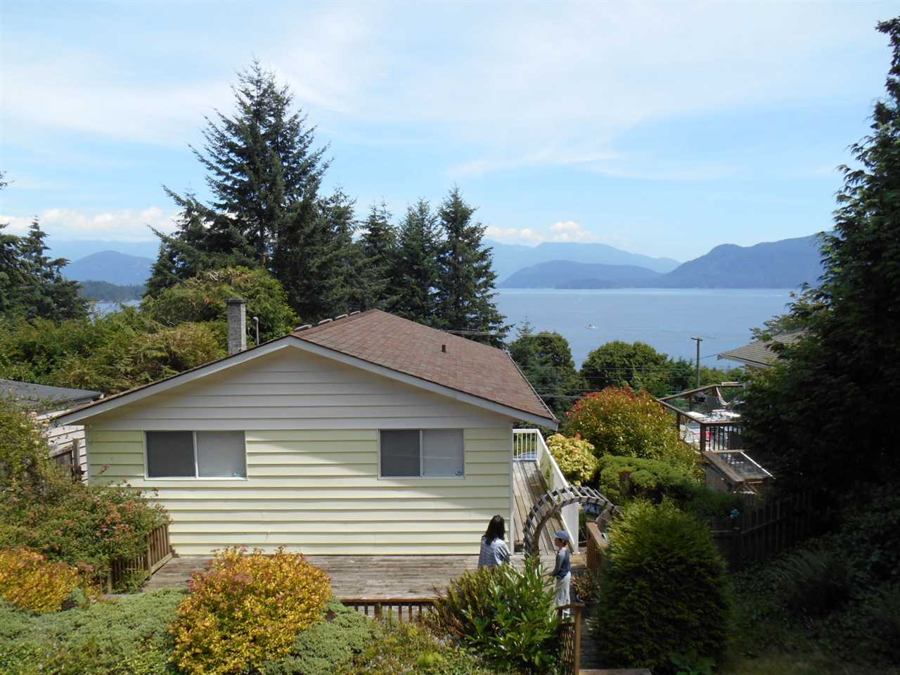 1095 Marine Drive Gibsons For Sale 525 000
