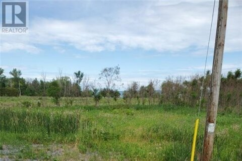 Home for sale at 1098 Bay Rd L'orignal Ontario - MLS: 1197989