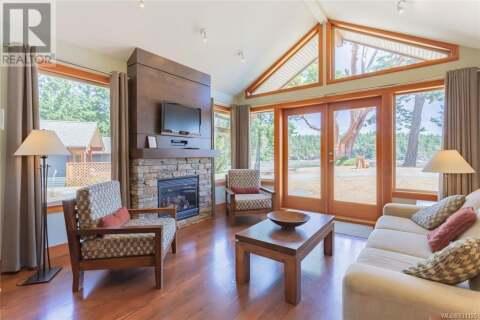 Home for sale at 494 Arbutus  Unit 109B1 Mayne Island British Columbia - MLS: 831125