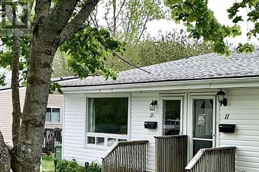 Townhouse for sale at 11 & 11a Ellenvale Ave Woodlawn Nova Scotia - MLS: 202009428