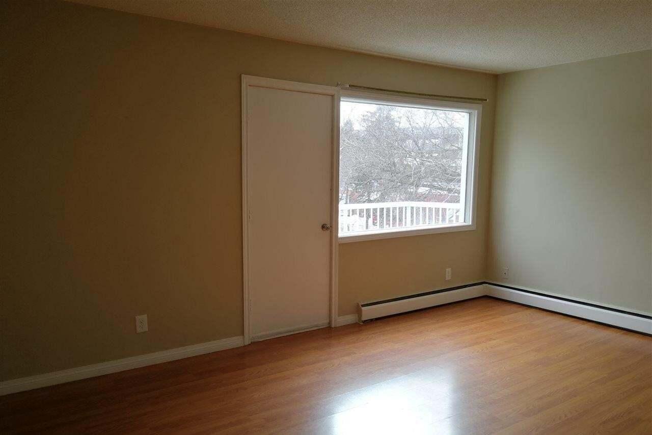 Condo for sale at 11820 105 St NW Unit 11 Edmonton Alberta - MLS: E4201565