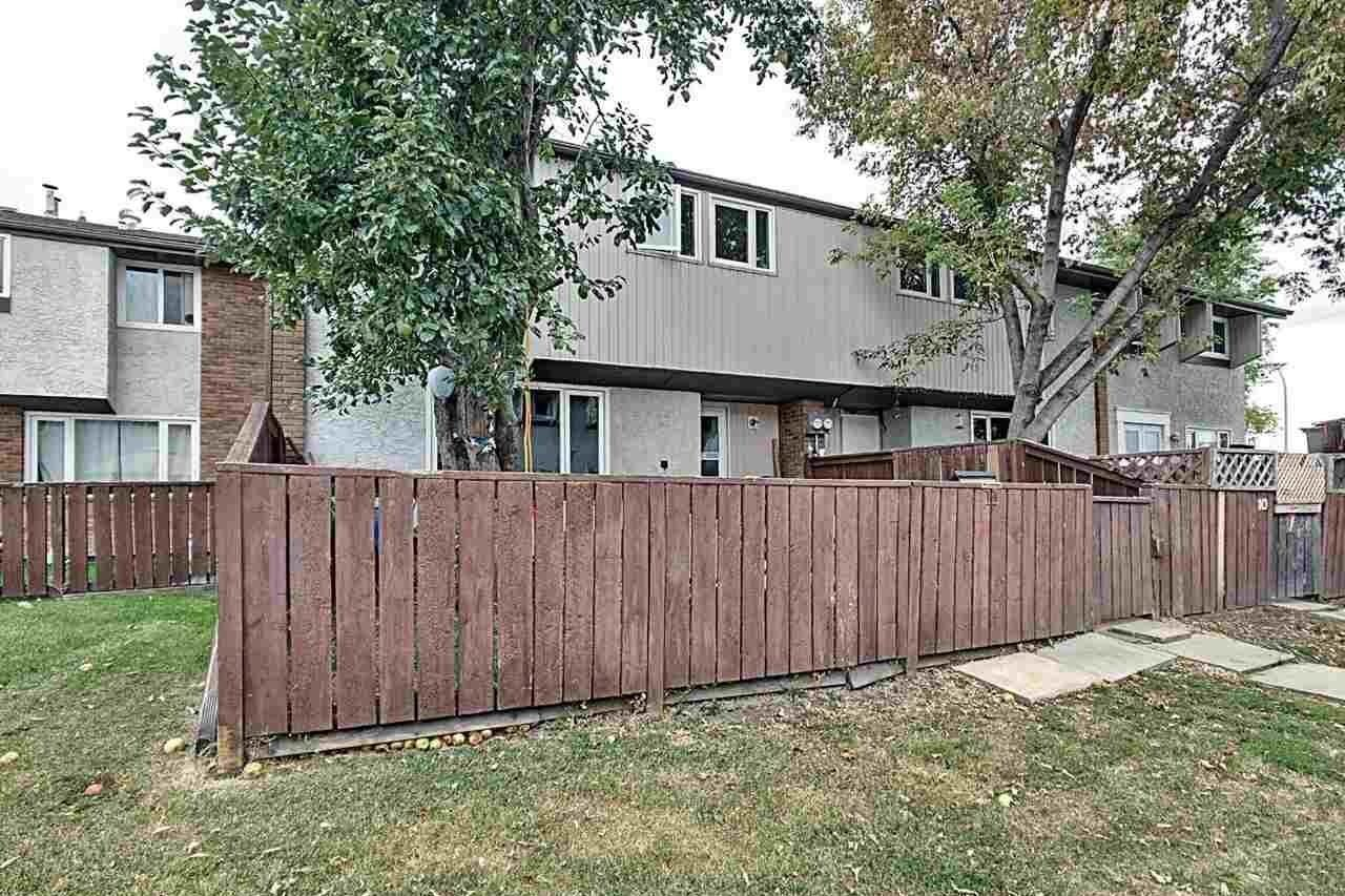 Townhouse for sale at 14315 82 St NW Unit 11 Edmonton Alberta - MLS: E4214213