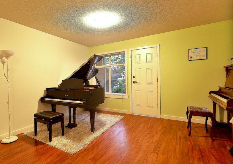 For Sale: 11 - 15233 34 Avenue, Surrey, BC | 3 Bed, 2 Bath Townhouse for $573,900. See 16 photos!