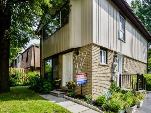 Removed: 11 - 1774 Hyde Mill Crescent, Mississauga, ON - Removed on 2017-11-15 04:44:37