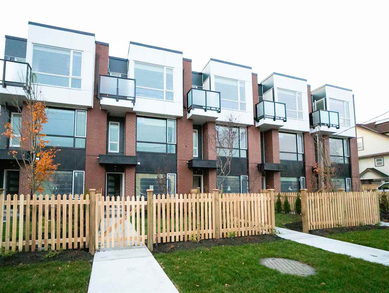 Buliding: 22711 Westminster Highway, Richmond, BC