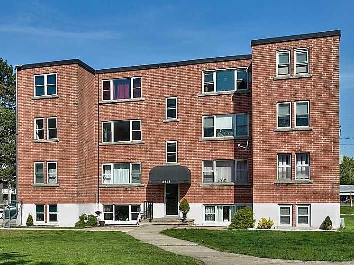 Removed: 11 - 2418 New Street, Burlington, ON - Removed on 2018-11-24 04:39:14