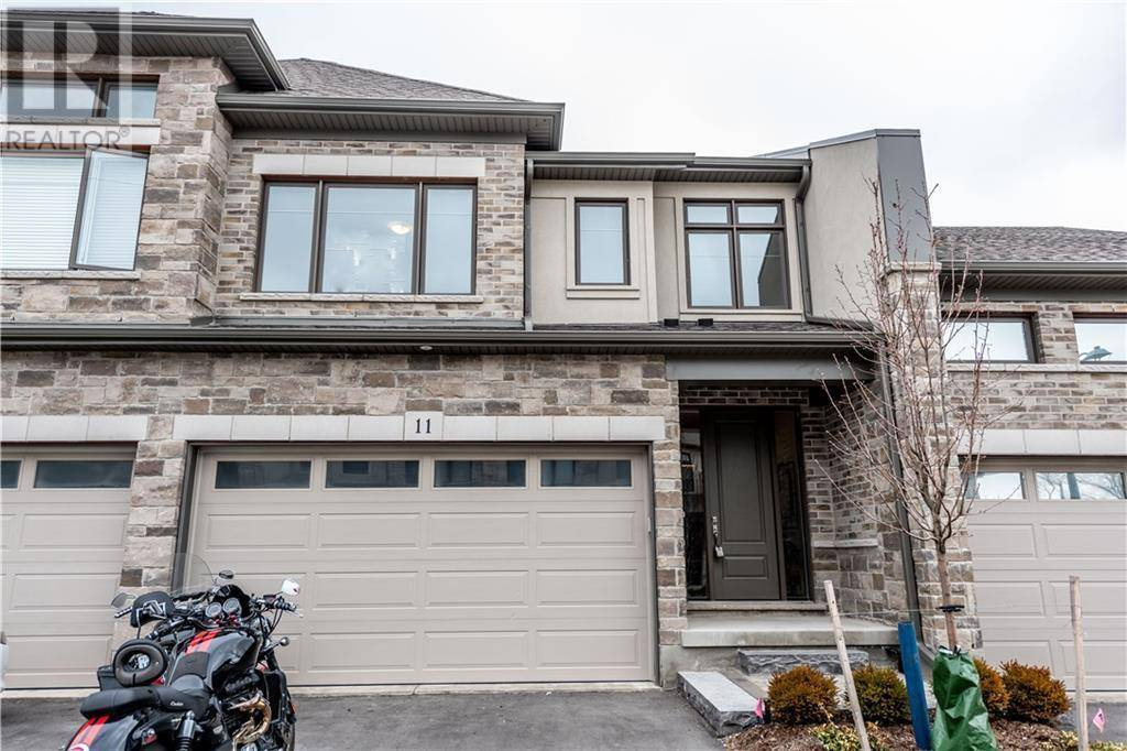 Townhouse for sale at 271 Grey Silo Rd Unit 11 Waterloo Ontario - MLS: 30800769