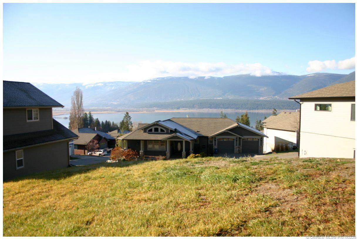 Home for sale at 2990 20 St Northeast Unit 11 Salmon Arm British Columbia - MLS: 10195228