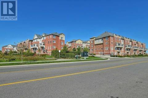 Townhouse for rent at 39 Hays Blvd Unit 11 Oakville Ontario - MLS: W4416040