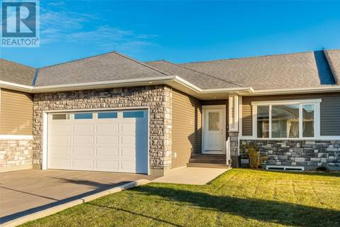 Townhouse for sale at 433 Palmer Cres Unit 11 Warman Saskatchewan - MLS: SK776203