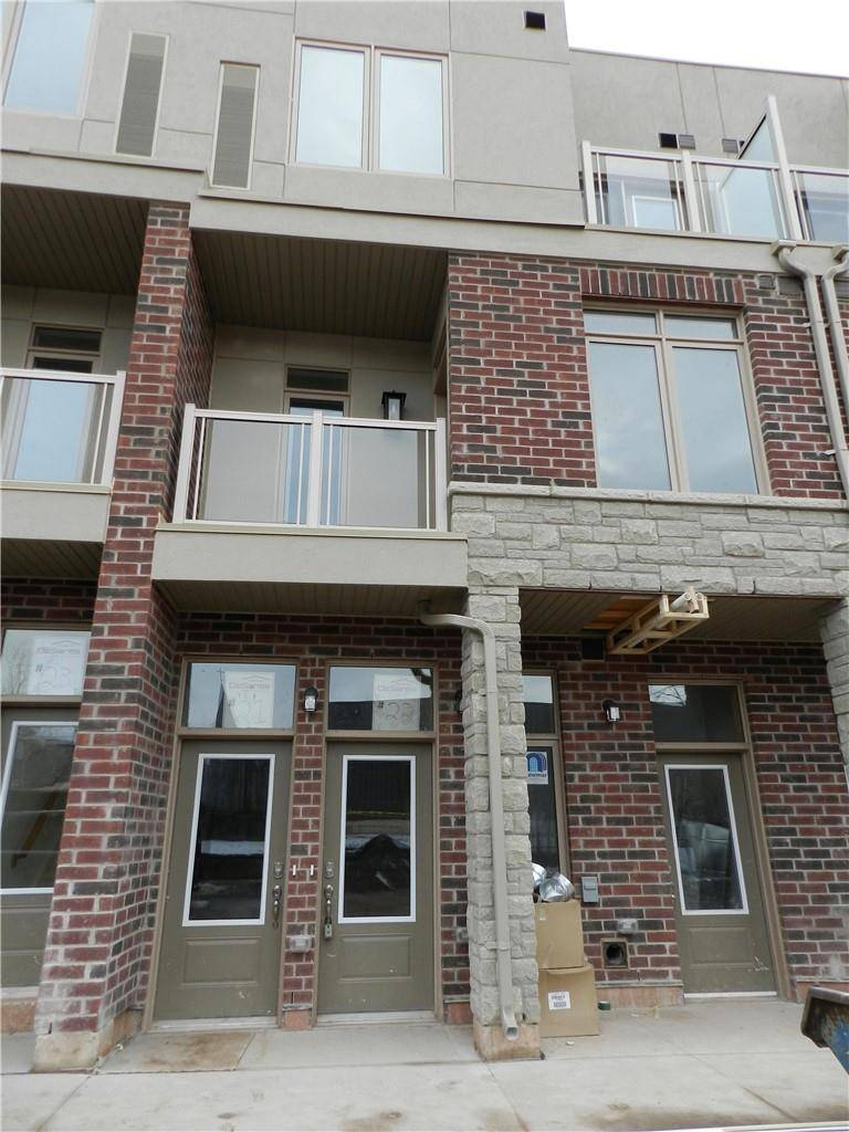 Townhouse for rent at 5014 Serena Dr Unit 11 Beamsville Ontario - MLS: H4071087