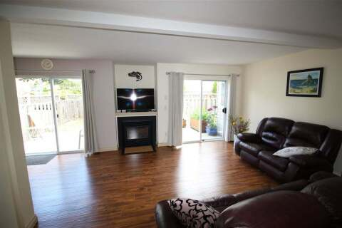 Townhouse for sale at 5630 Trail Ave Unit 11 Sechelt British Columbia - MLS: R2472370