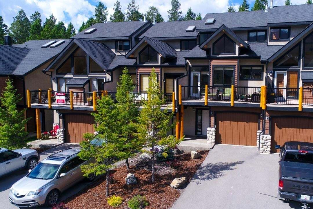 Townhouse for sale at 835 Lakeview Drive  Unit 11 Windermere British Columbia - MLS: 2452842